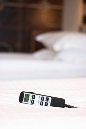 Fotografi av fjärrkontroll till YouBed-säng